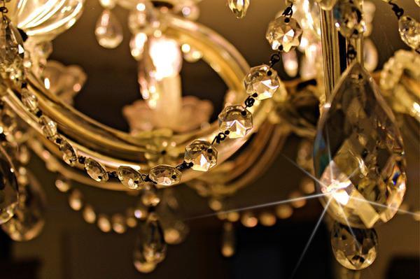 sufitowy żyrandol kryształowy tanio